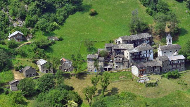 Sostila é uma pequena aldeia de montanha localizada aos pés dos Alpes Italianos