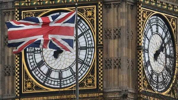 Reino Unido passa Itália no número de mortos por Covid-19