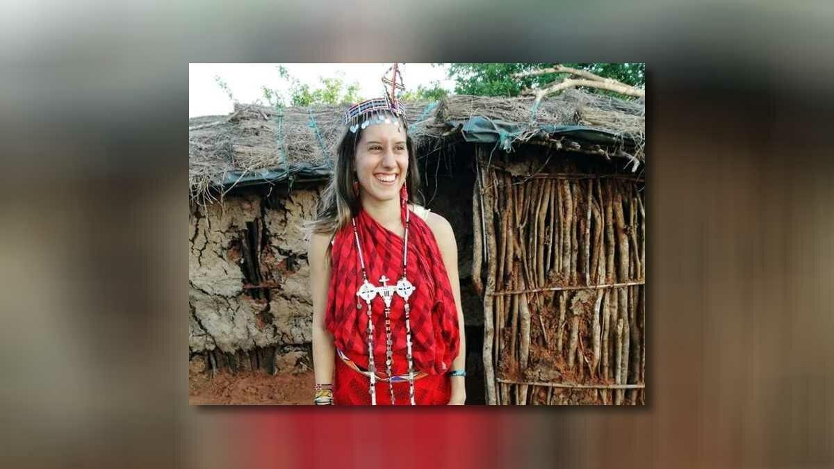 Itália comemora resgate de jovem sequestrada no Quênia em 2018