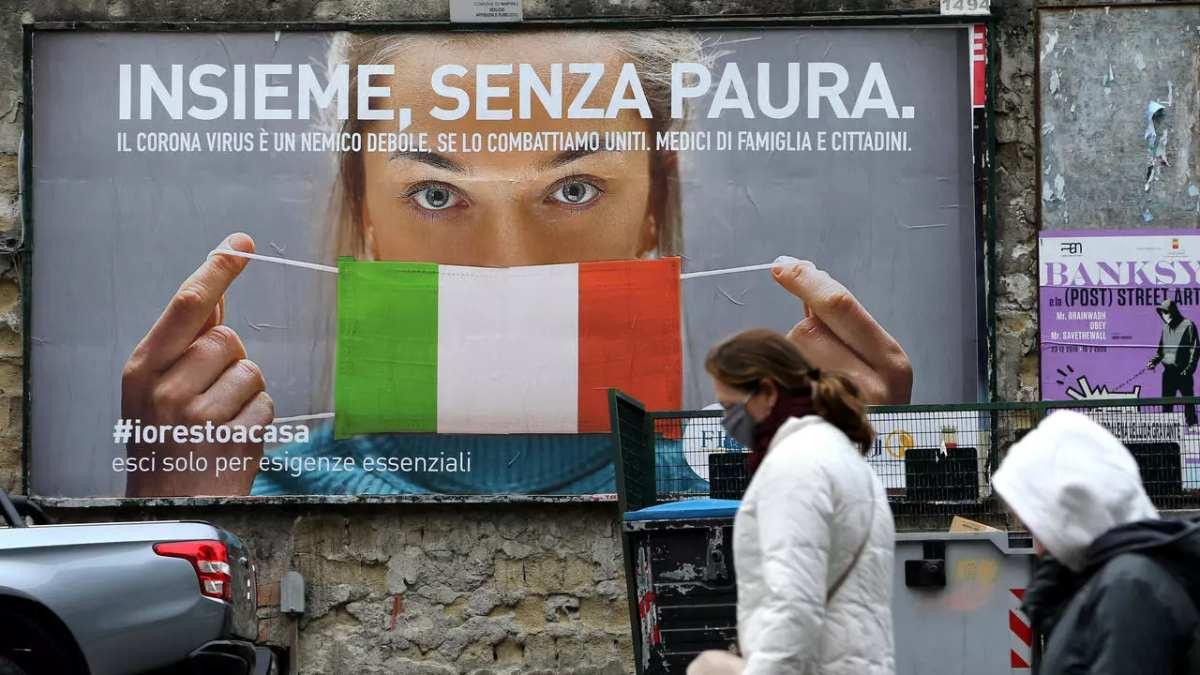 Italianos aprovam governo