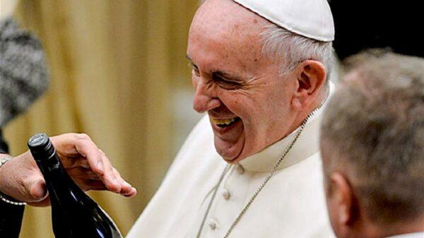 Vaticano é o Estado que mais consome vinho do mundo