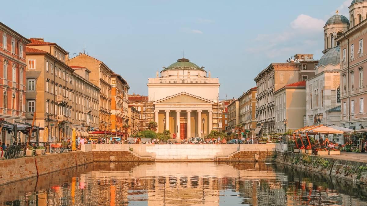 cidades elegantes da Itália Trieste