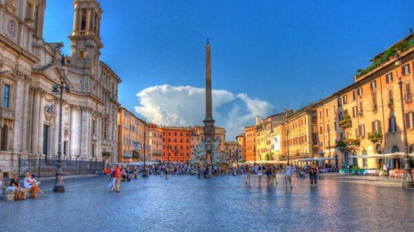 praças mais bonitas da italia