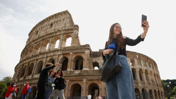 Itália vai reabrir