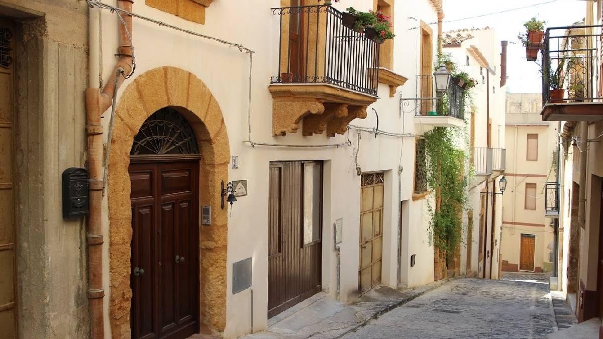 casas na sicilia